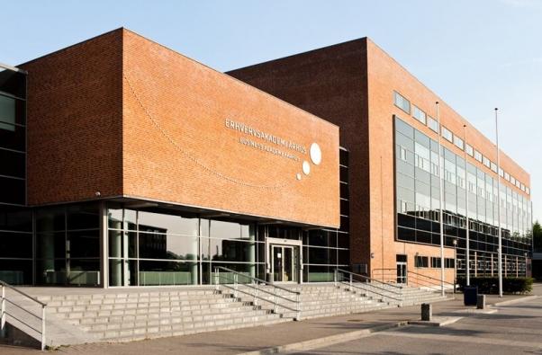 institution aarhus school of business